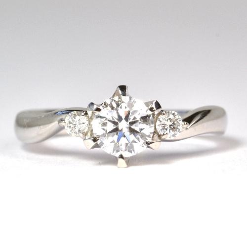 セミオーダー婚約指輪