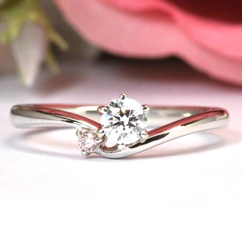 お手持ちのペンダントを婚約指輪へリフォーム